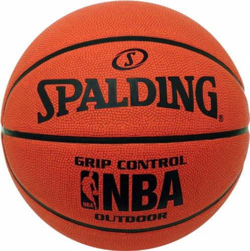 Basketball – Spalding Grip Control